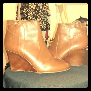 Tory Burch size 7 Cognac Leather Wedge Mini Bootie